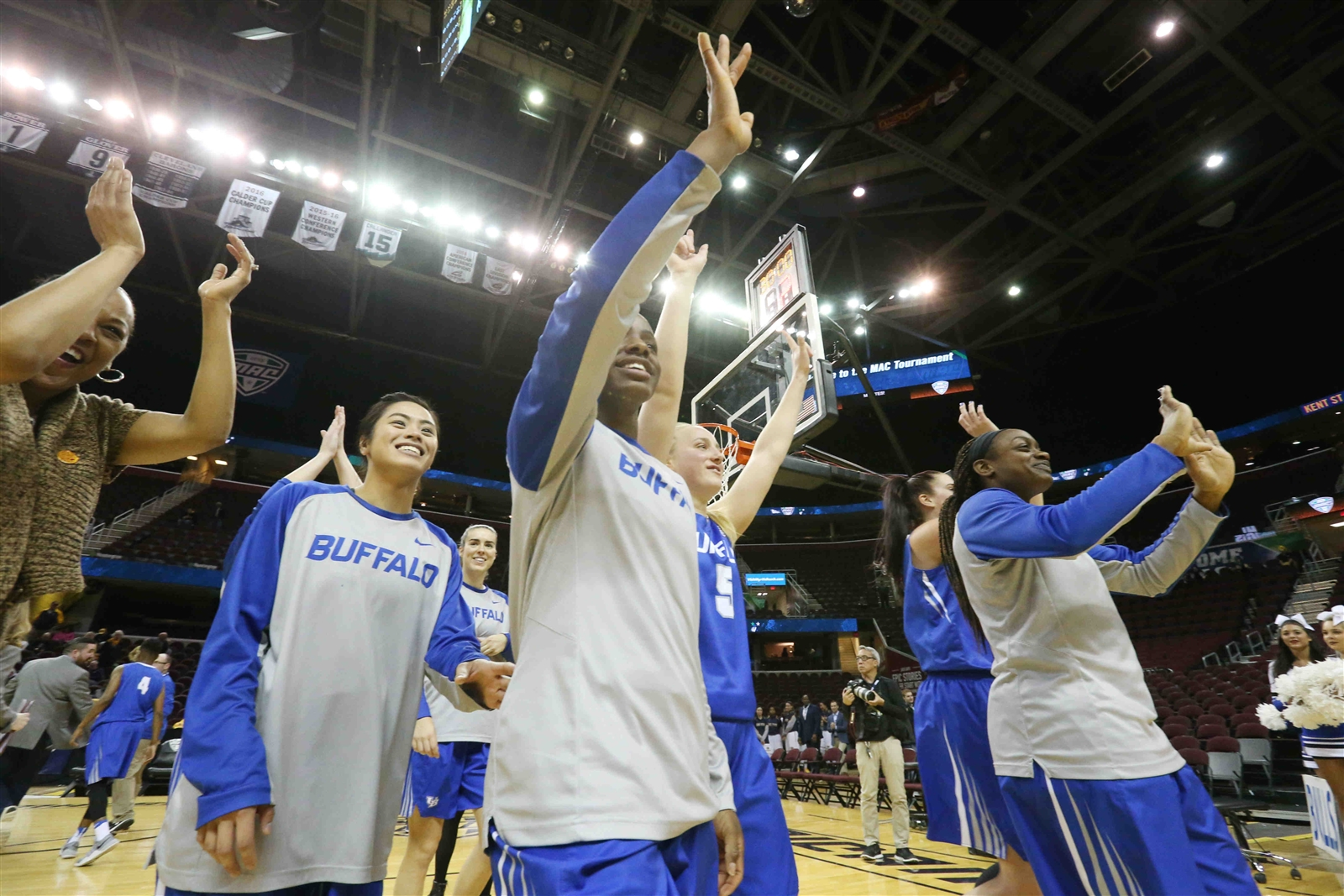 Buffalo Bulls beat Ball State Cardinals, 69-65, in the quarterfinals of the MAC Championship.
