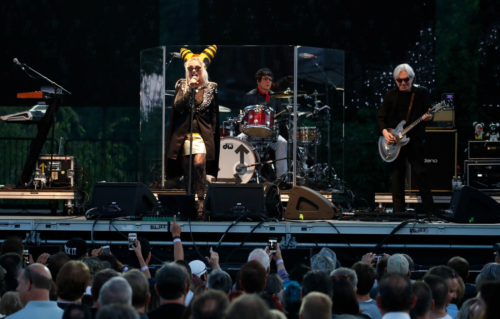 Blondie performs for 7,000 people at Artpark.