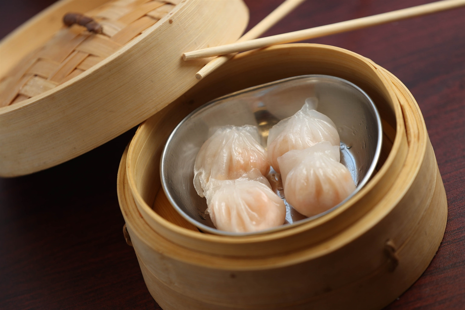 Dim sum is one of the specialties at 007 Chinese Food.  This is their har gow, steamed shrimp dumplings.