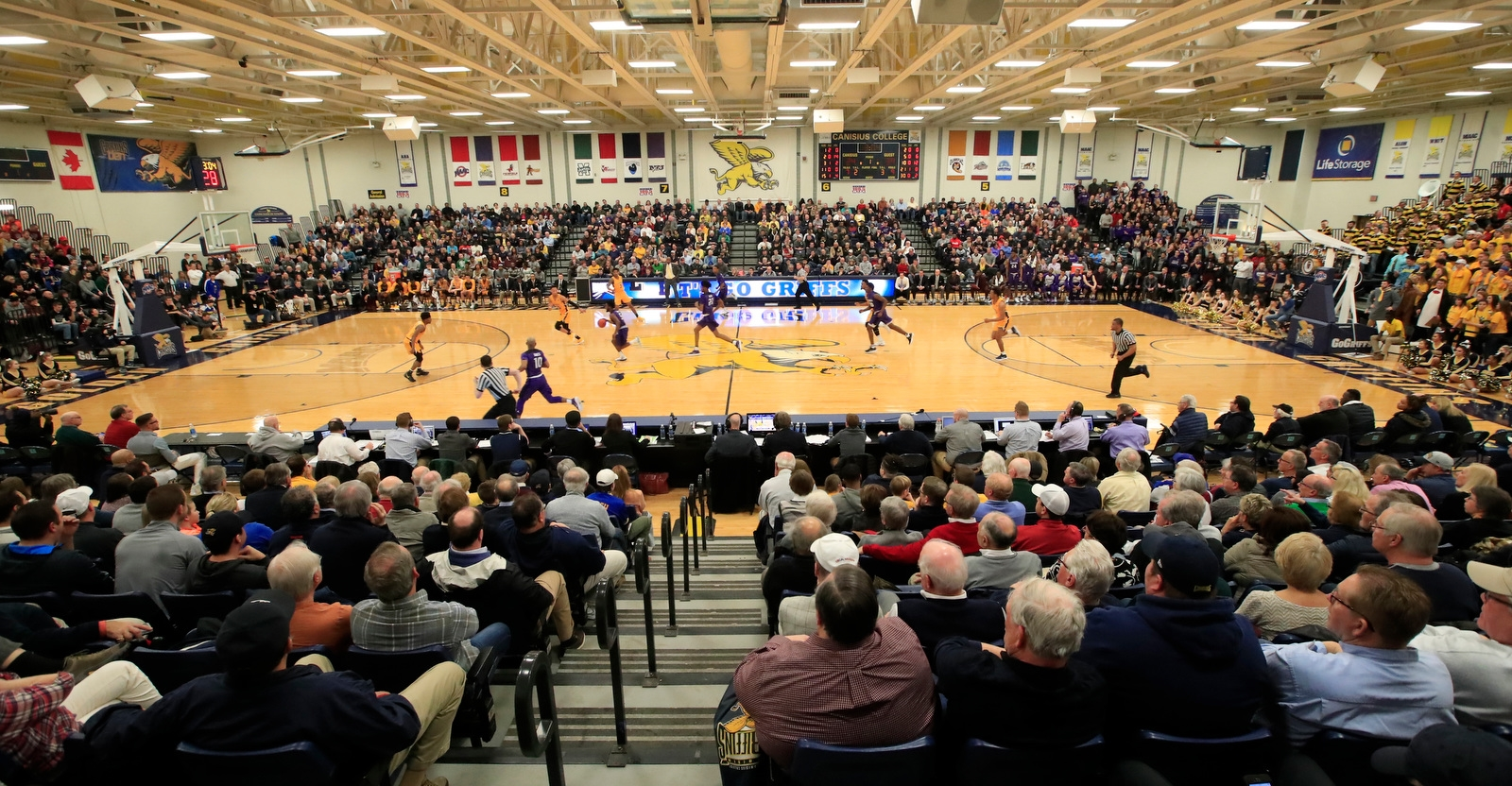 Niagara vs. Canisius during first half action at the Koessler Center on Saturday, Jan. 27, 2018.