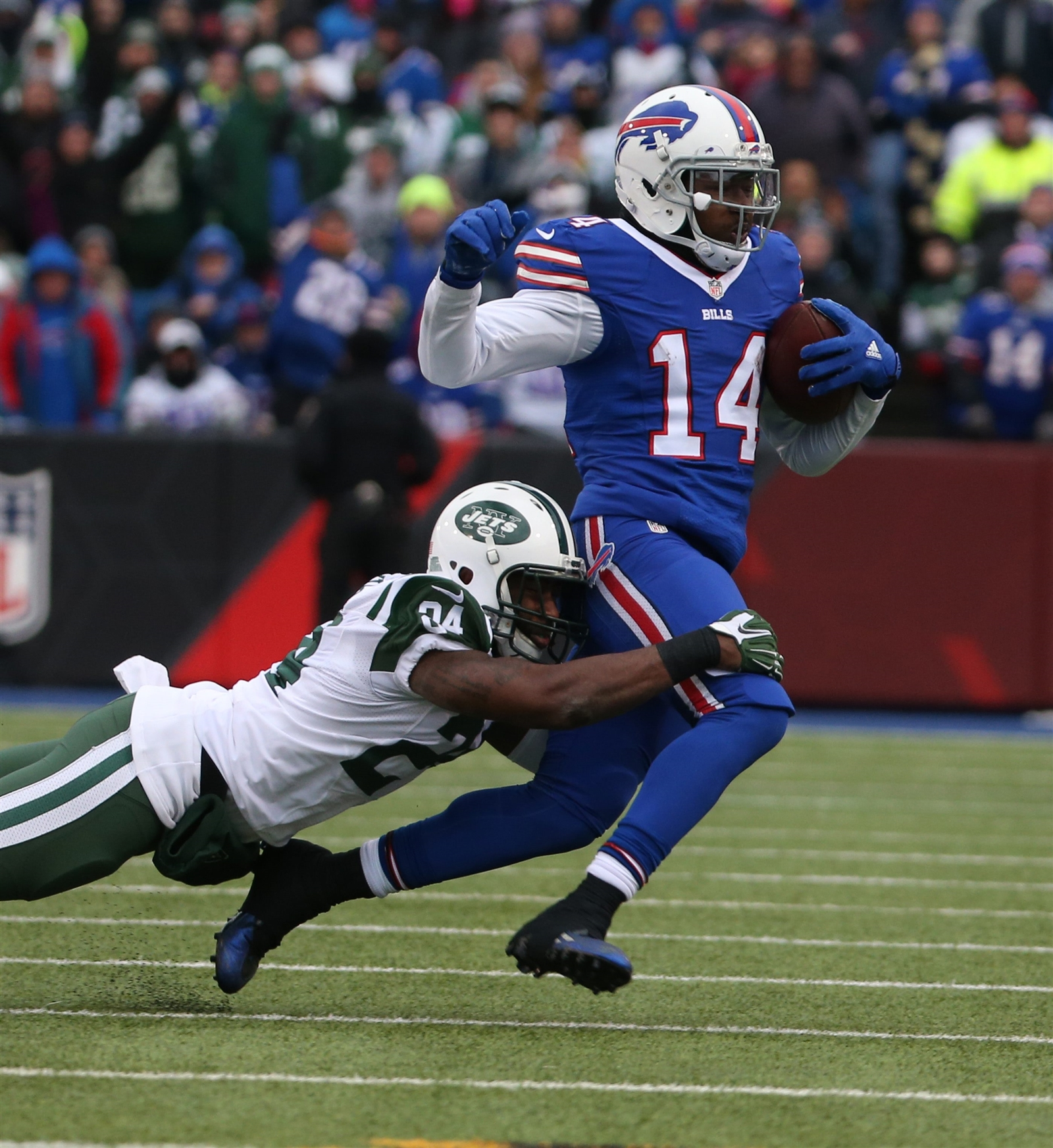 1. Maybe Darrelle Revis isnu2019t Darrelle Revis anymore (continued) ... In the 2015 regular-season finale against Buffalo, Bills receiver Sammy Watkins caught 11 catches for 136 yards (he's pictured beating Revis for a first-down catch). While Revis may not be responsible for all of those catches and yards, itu2019s still remarkable that receivers he generally lines up against have had that type of production. It just might be time for Jets coach Todd Bowles to admit that Revis simply isnu2019t the type of player who can single handedly take the opponentu2019s No. 1 receiver out of the game.