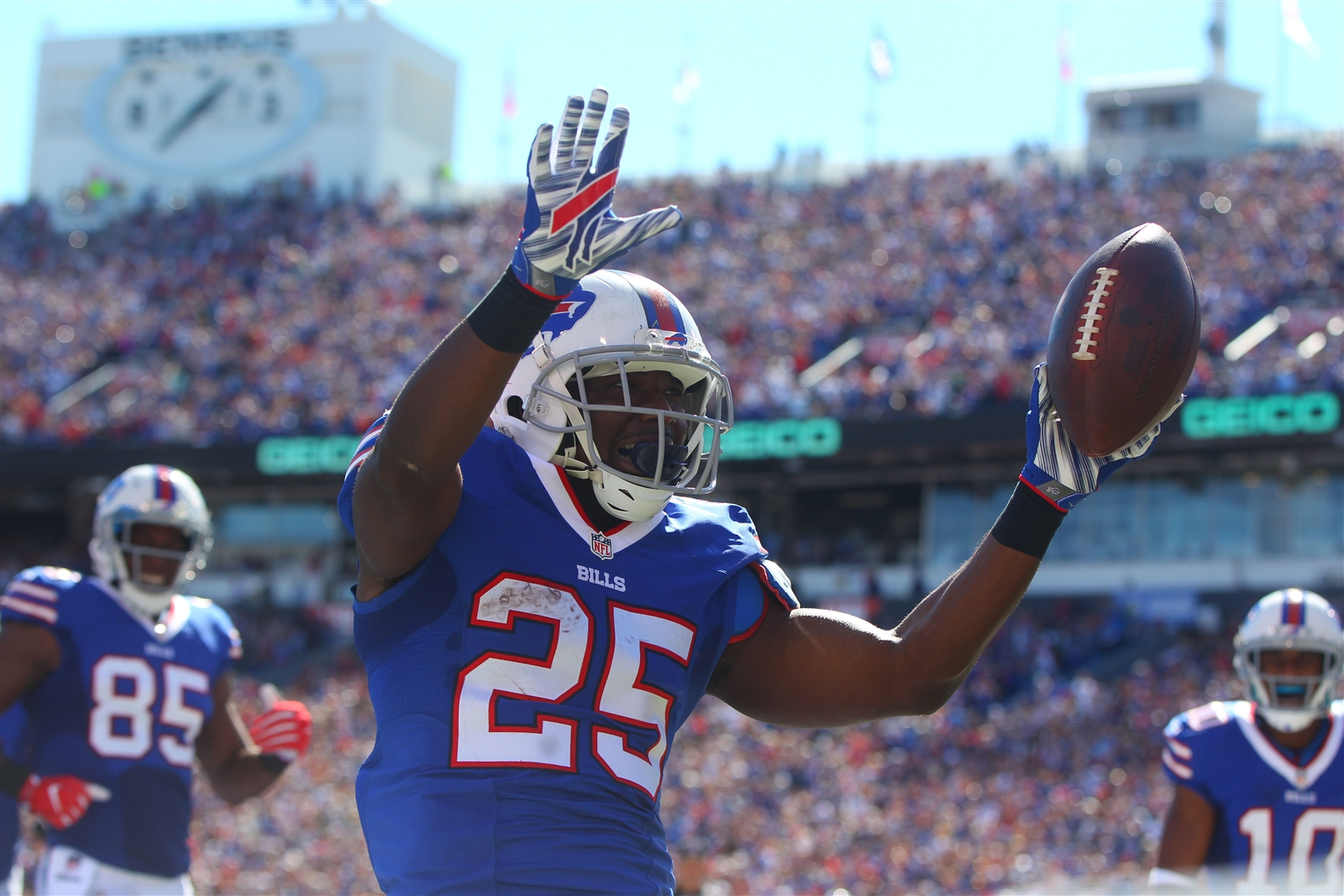 Buffalo Bills running back LeSean McCoy celebrates his touchdown in the first quarter.