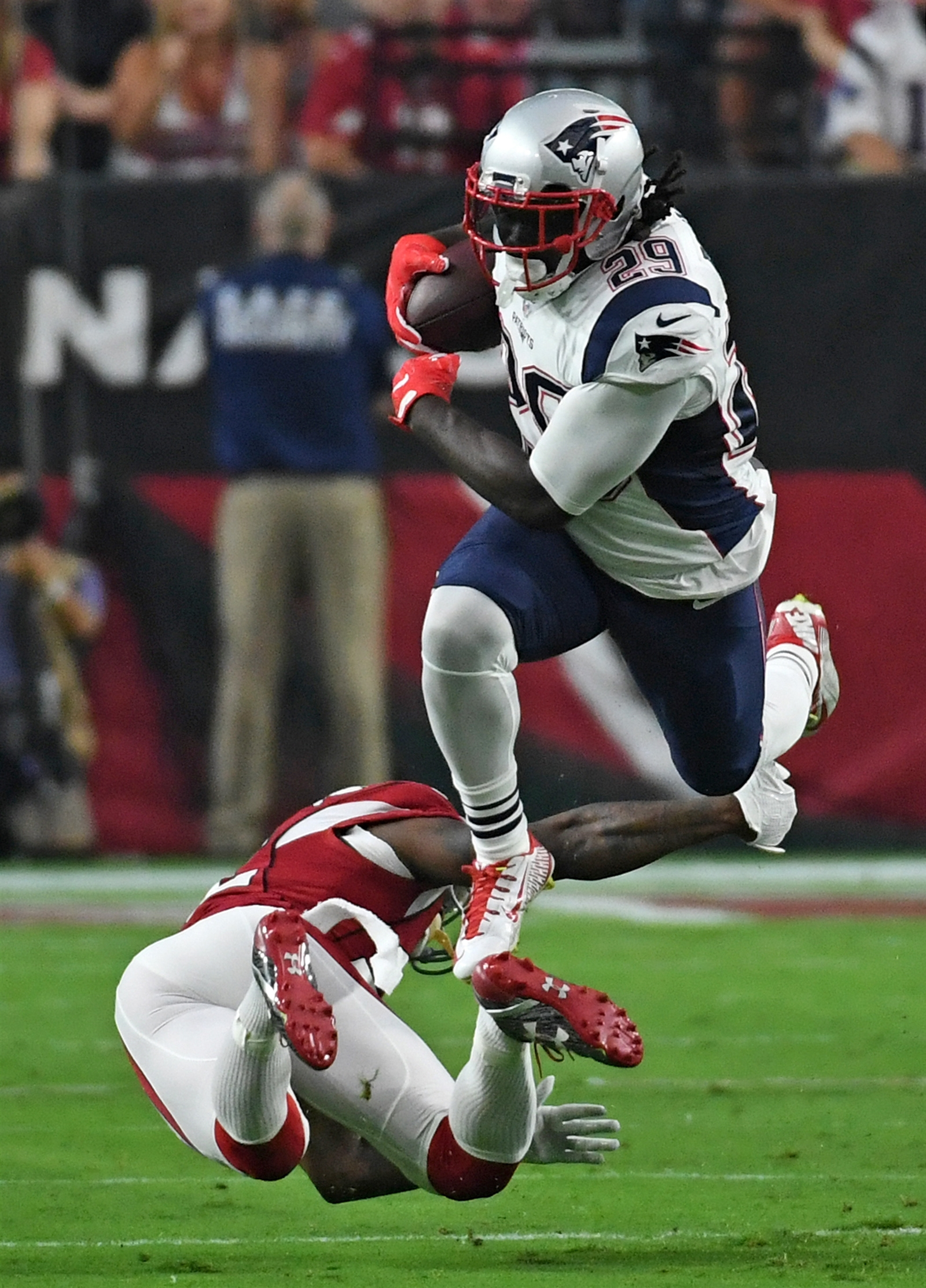 WHEN THE PATRIOTS RUN: How perfectly Patriots is it that when quarterback Tom Brady gets suspended for four games, New England leads the league in rushing during that time? Led by the bruising LeGarrette Blount (pictured) thatu2019s where the Patriots find themselves through three weeks, averaging 150.67 yards per game. ...