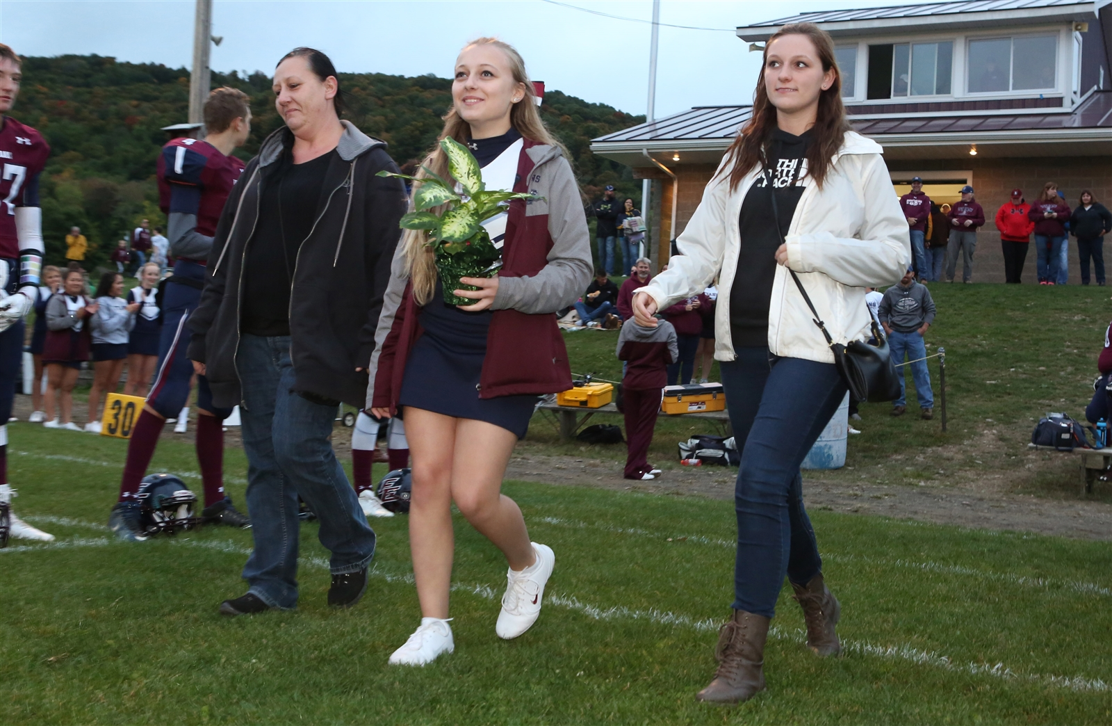Maple Grove improved to 5-0 by defeating previously unbeaten Ellicottville/Franklinville, 43-12, on Friday night.